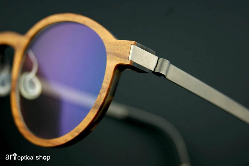lindberg-buffalo-wood-titanium-open-309