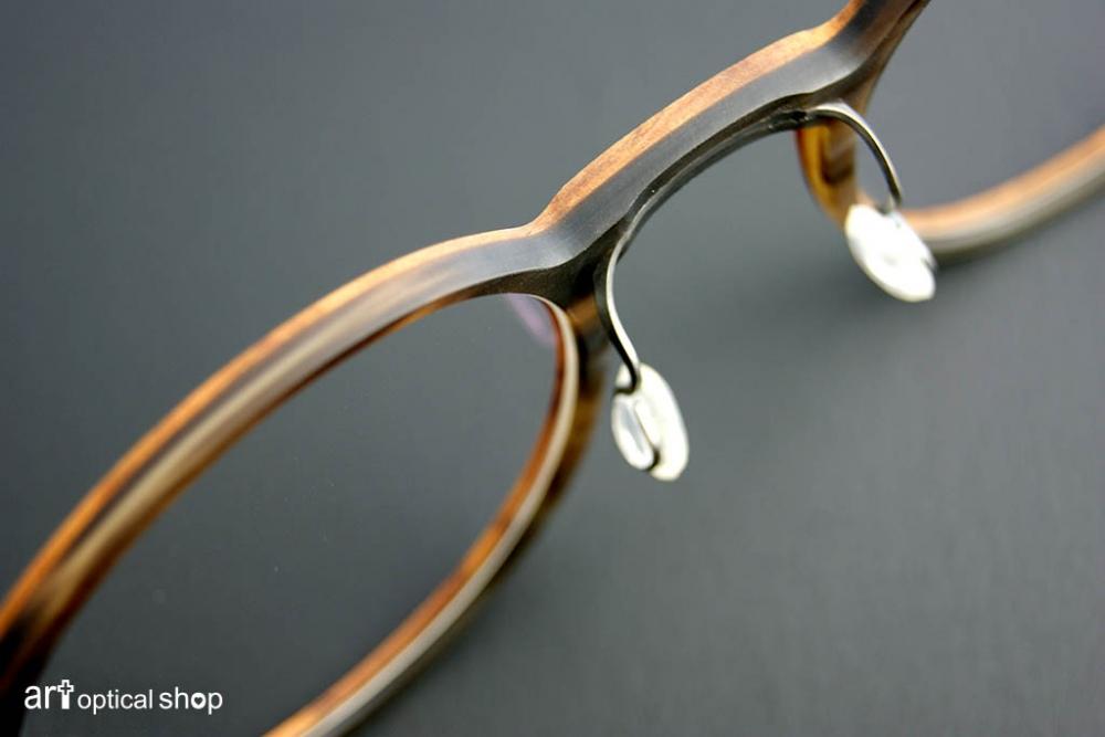 lindberg-buffalo-wood-titanium-open-315
