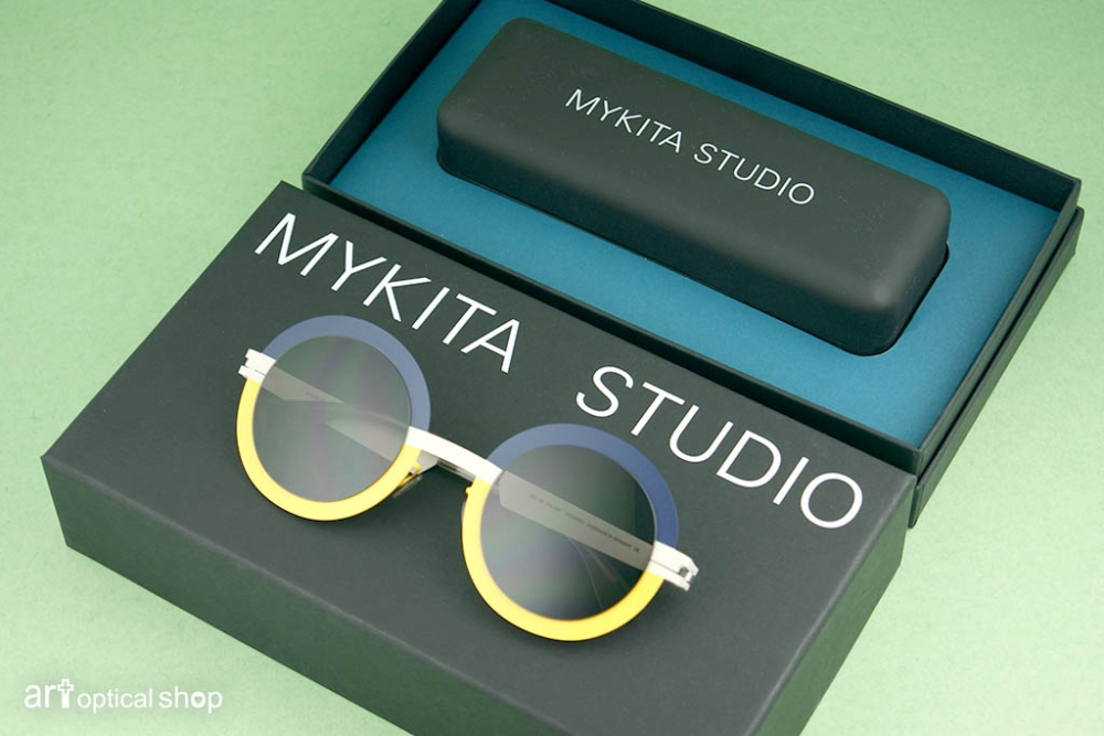 mykita-studio-sun-4-3-s9-sunny-sky-sunglasses-002