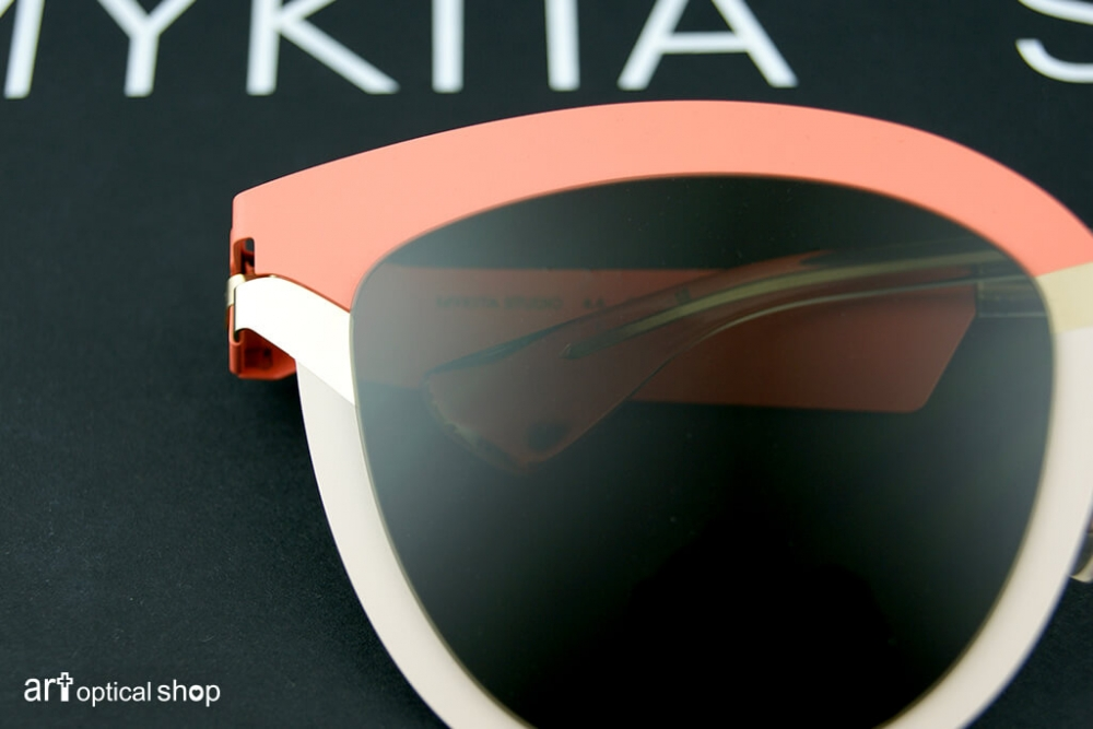 mykita-studio-sun-4-4-s8-tagerine-desert-sunglasses-003