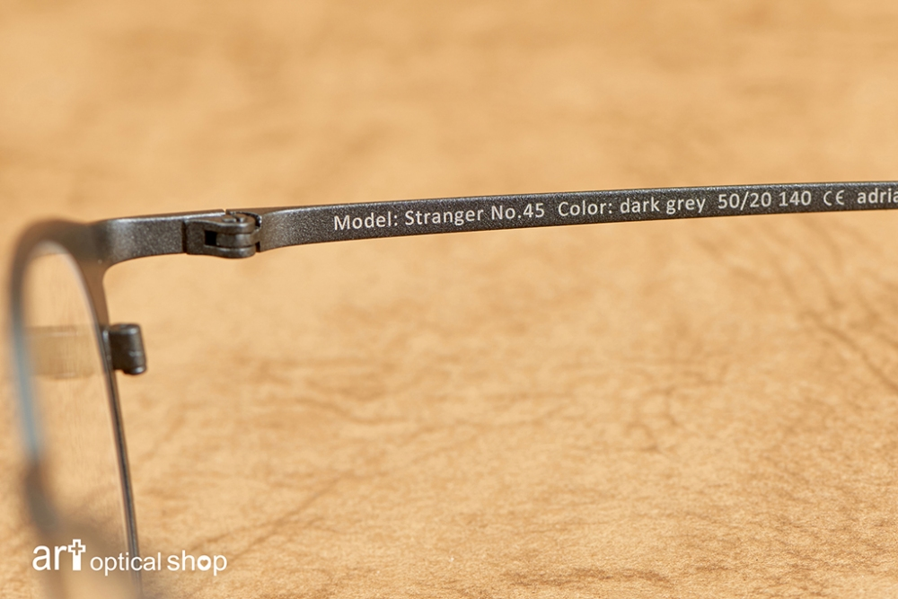 adrian-marwitz-stranger-no45-dark-grey- (16)