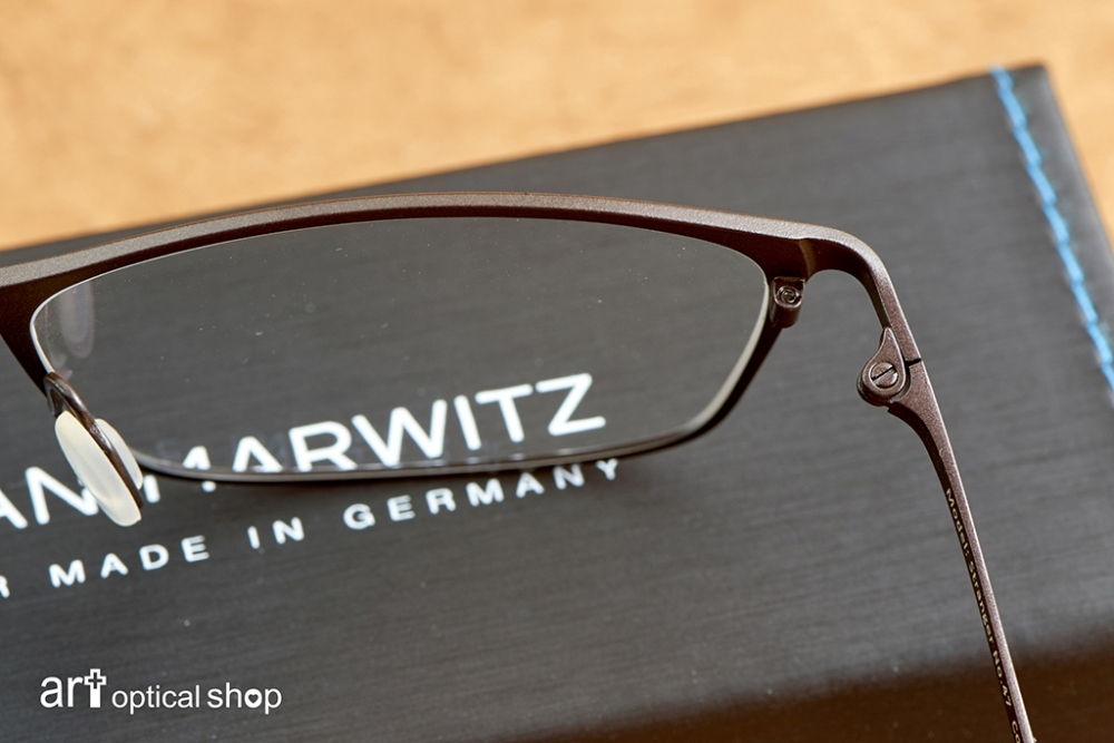 adrian-marwitz-stranger-no47-dark-black-brown-matt-blue- (27)