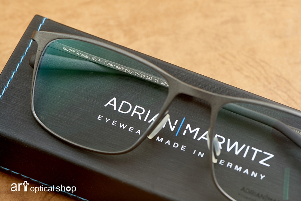 adrian-marwitz-stranger-no47-dark-black-brown-matt-blue- (29)