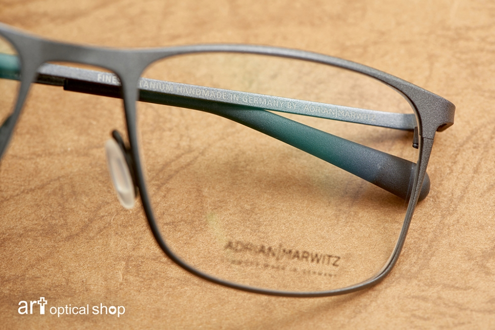 adrian-marwitz-stranger-no47-dark-black-brown-matt-blue- (34)