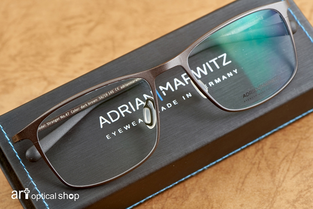 adrian-marwitz-stranger-no47-dark-black-brown-matt-blue- (8)