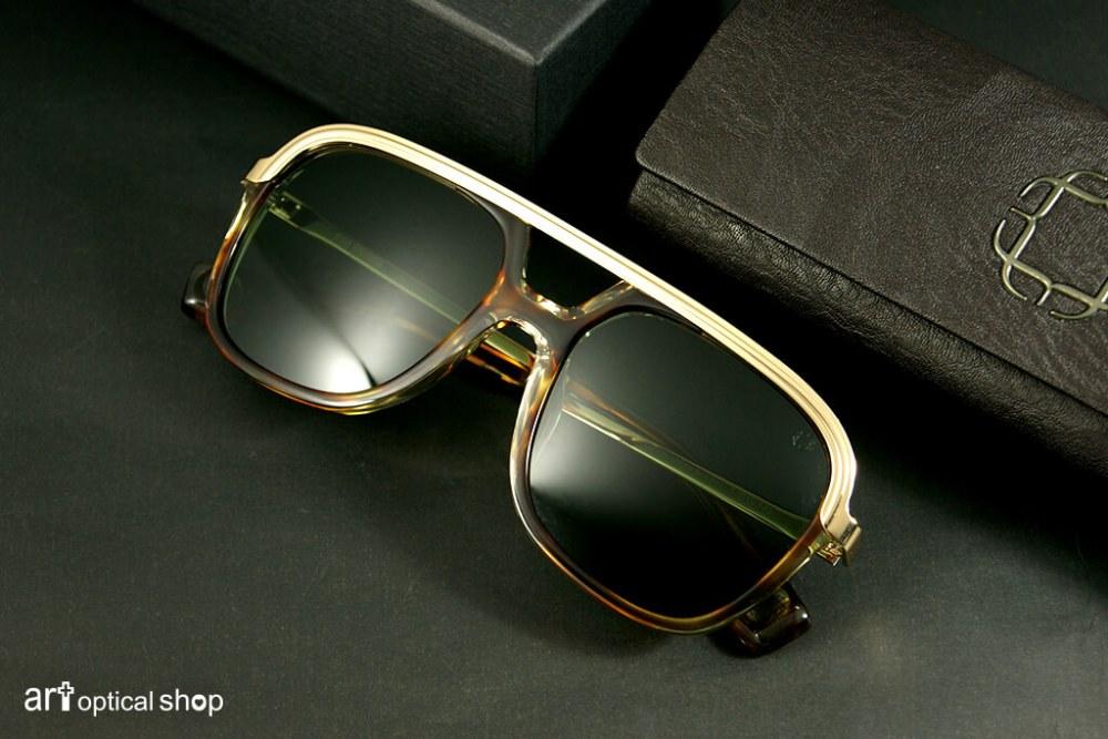 black-kuwahara-sunglasses-forster-amber-horn-001