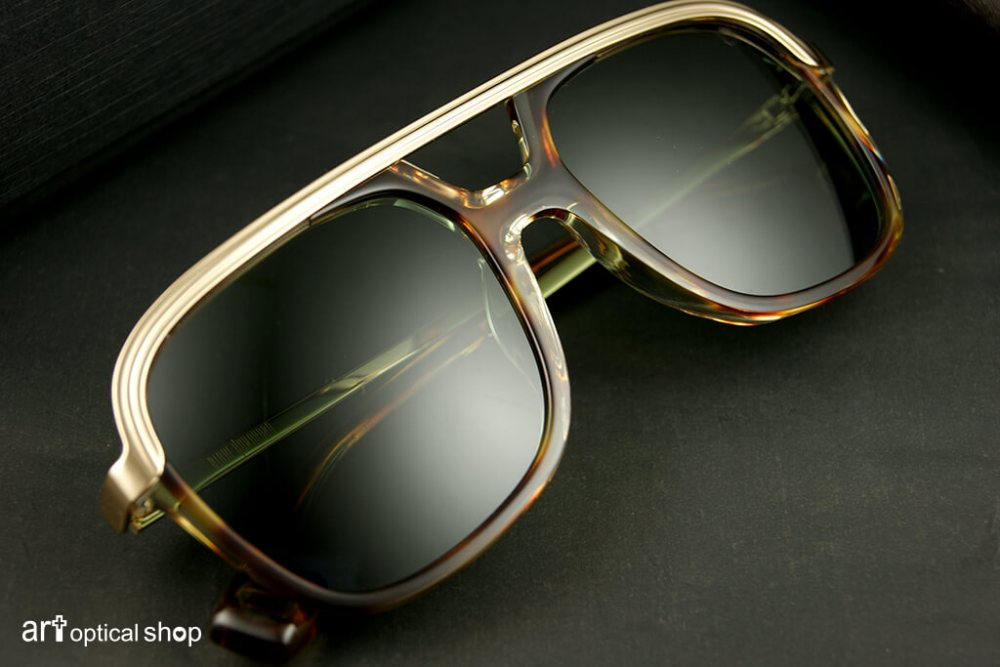 black-kuwahara-sunglasses-forster-amber-horn-002
