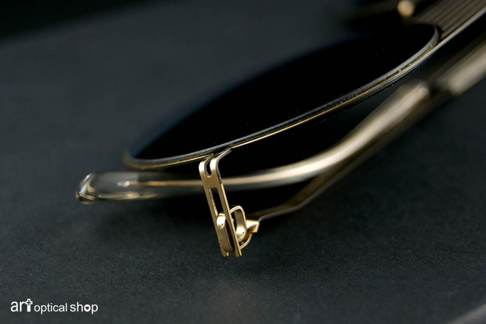 mykita-studio-sun-1-2-s12-champagne-gold-sunglasses-006