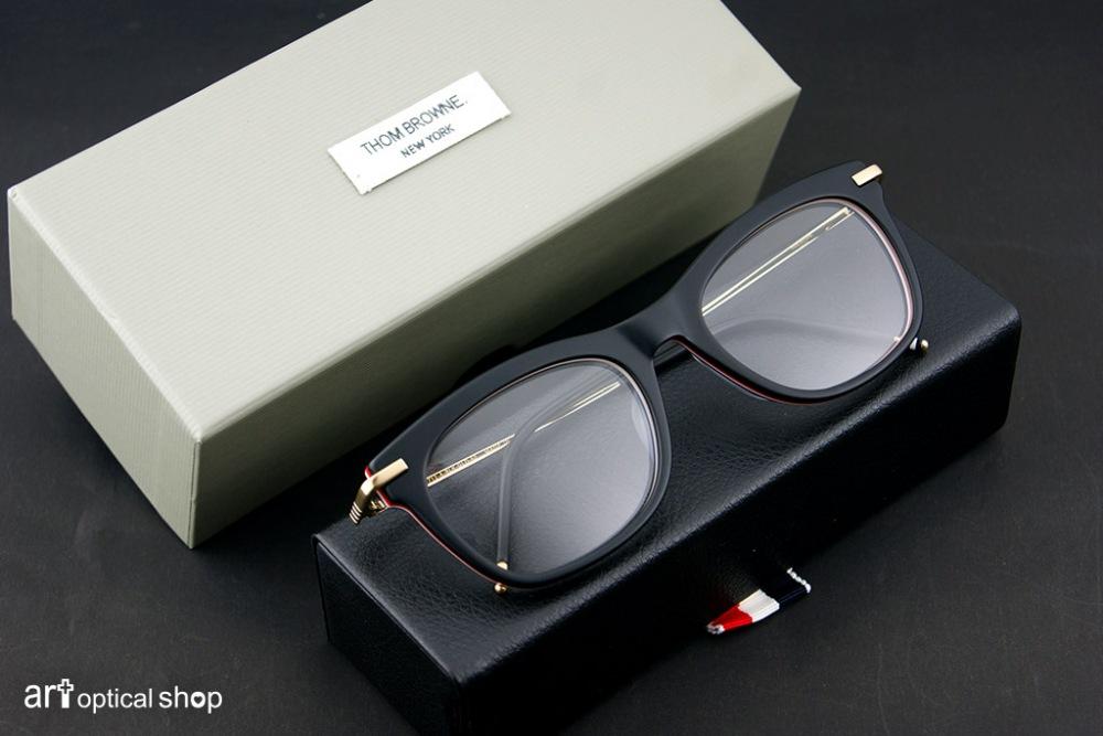 thom-browne-tb-712-a-black-gold-52-002