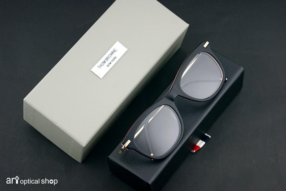 thom-browne-tb-712-a-black-gold-52-022