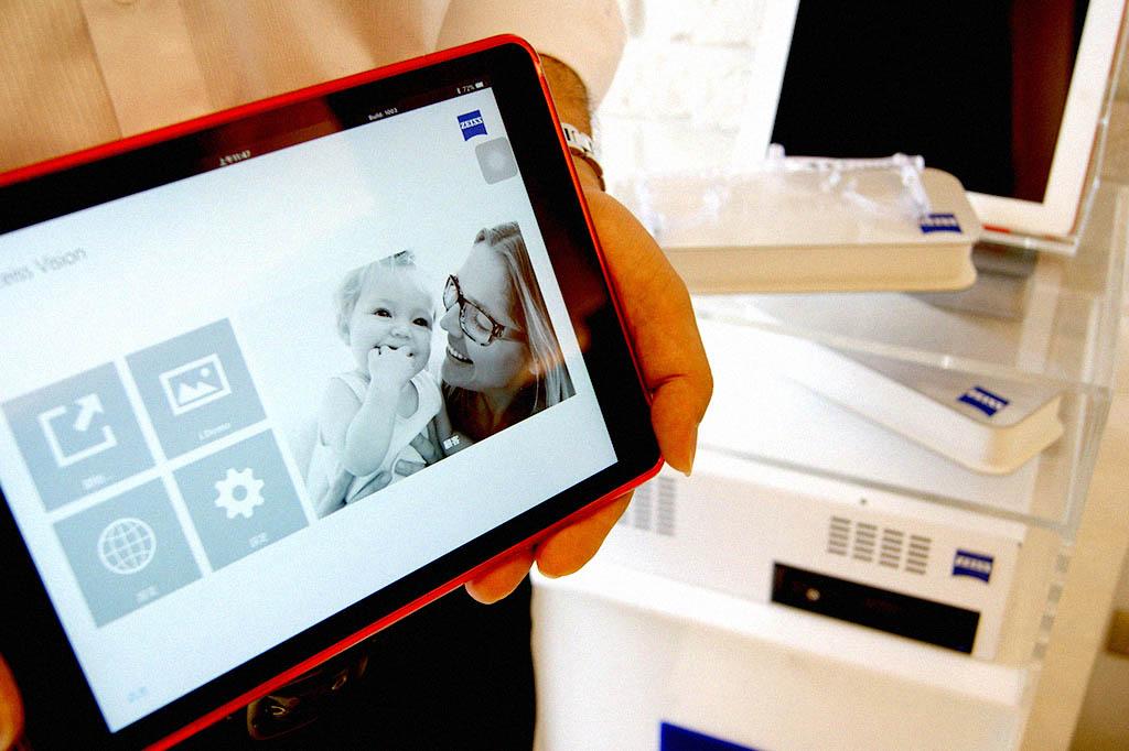 蔡司的定位數據裝置對於鏡片的優化有著重大的影響